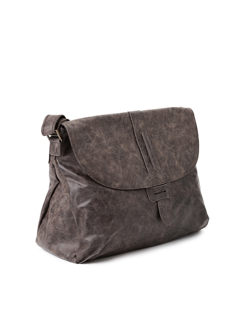 Baggit-Brown-Ematic-Clive-Textured-Sling-Bag