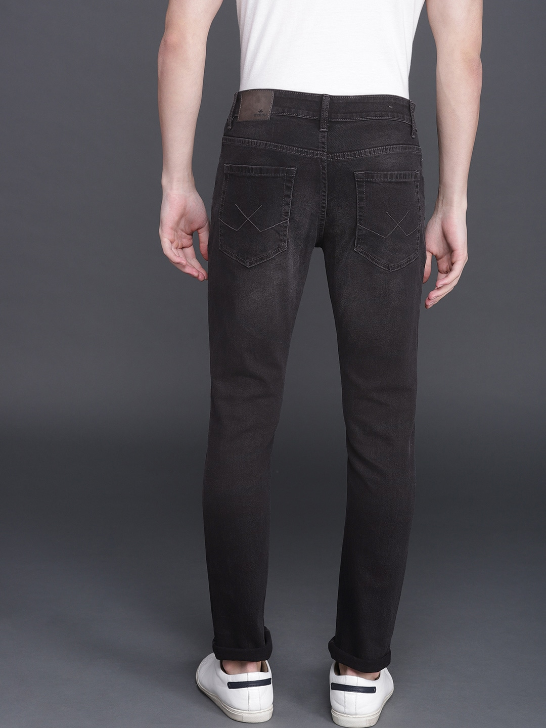 WROGN Men Black Slim Fit Mid-Rise Low Distress Stretchable Jeans