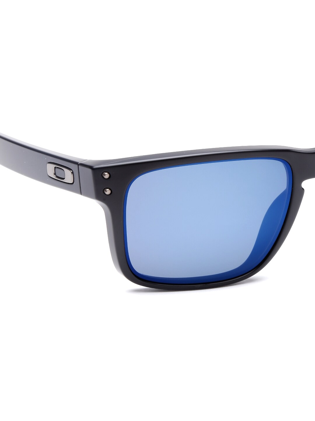 oakley sunglasses price in india  Oakley - Exclusive Oakley Online Store in India at Myntra