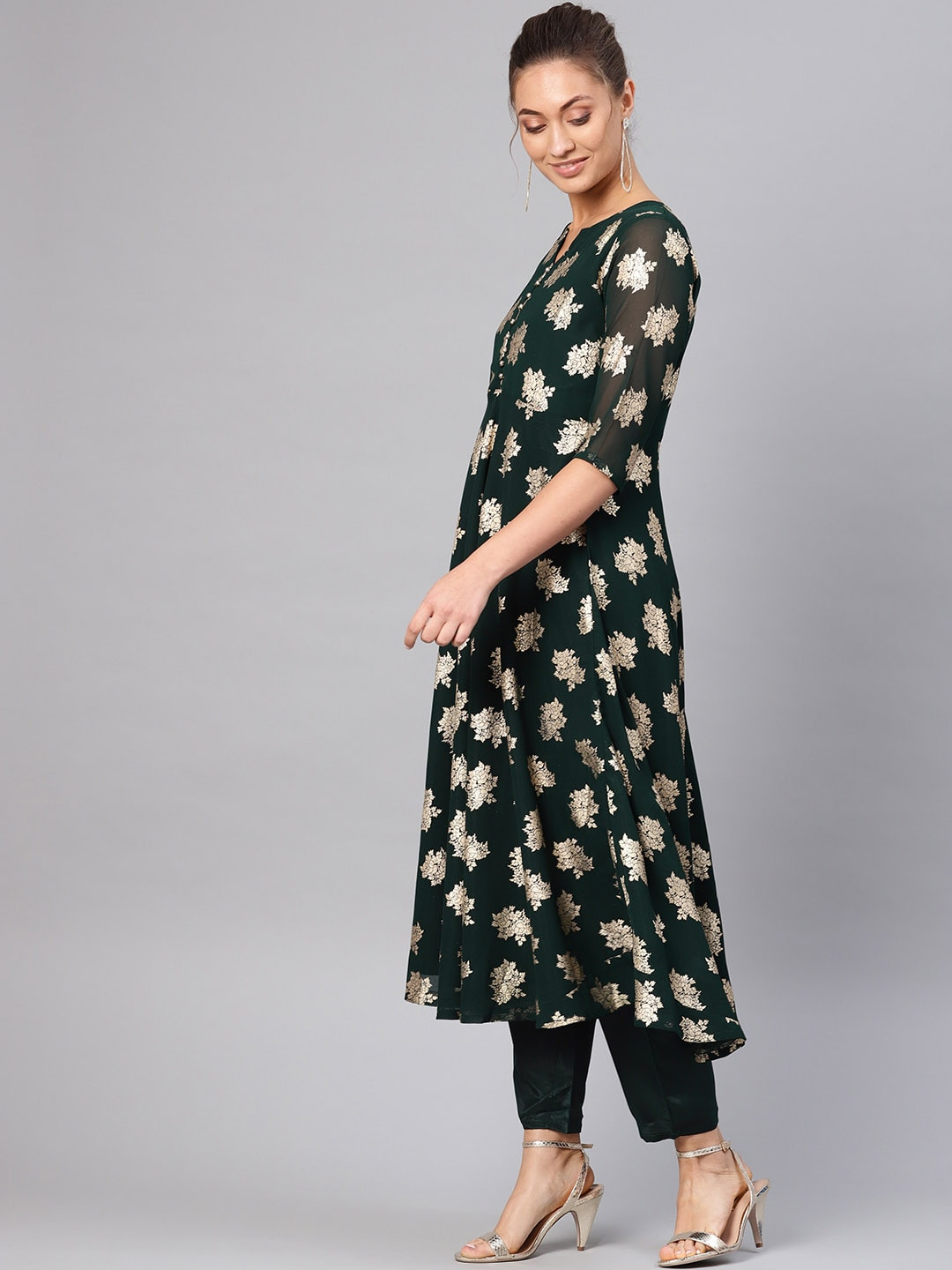Libas Women Green & Golden Block Print Kurta with Trousers & Stole