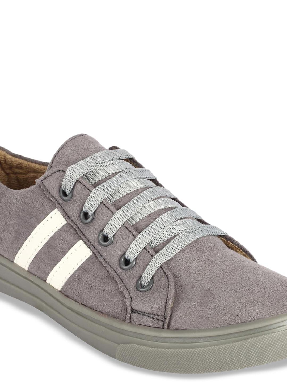 ZAPATOZ Women Grey Suede Sneakers