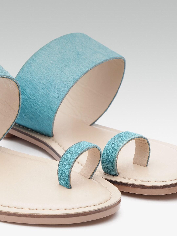Carlton London Women Blue Solid Leather One Toe Flats