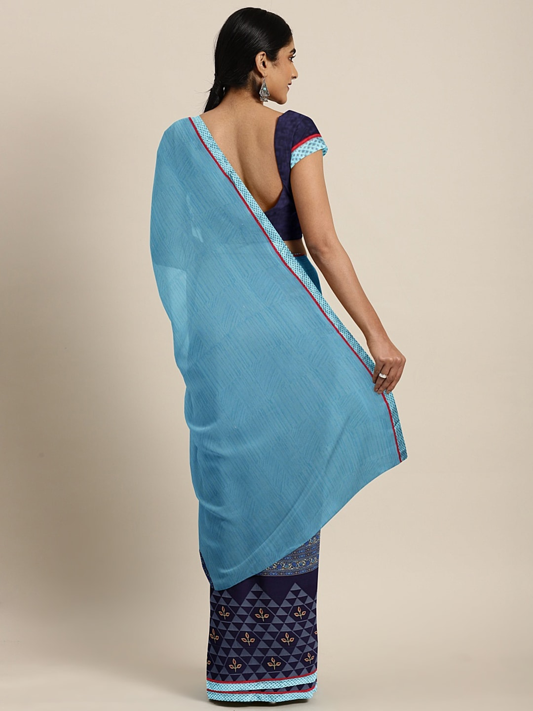 Triveni Blue Solid Poly Georgette Saree