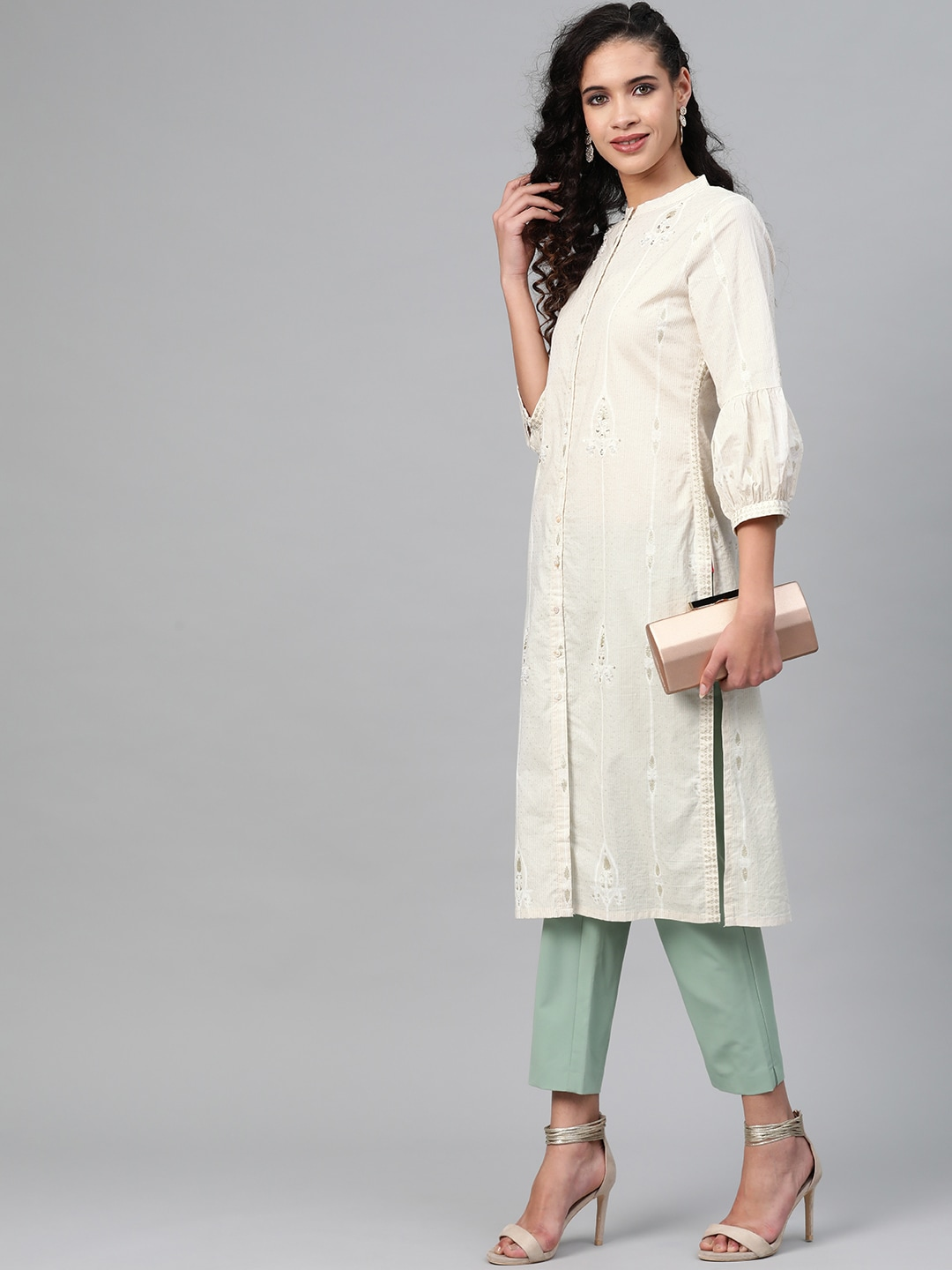 W Women Off-White & Golden Striped Straight Kurta