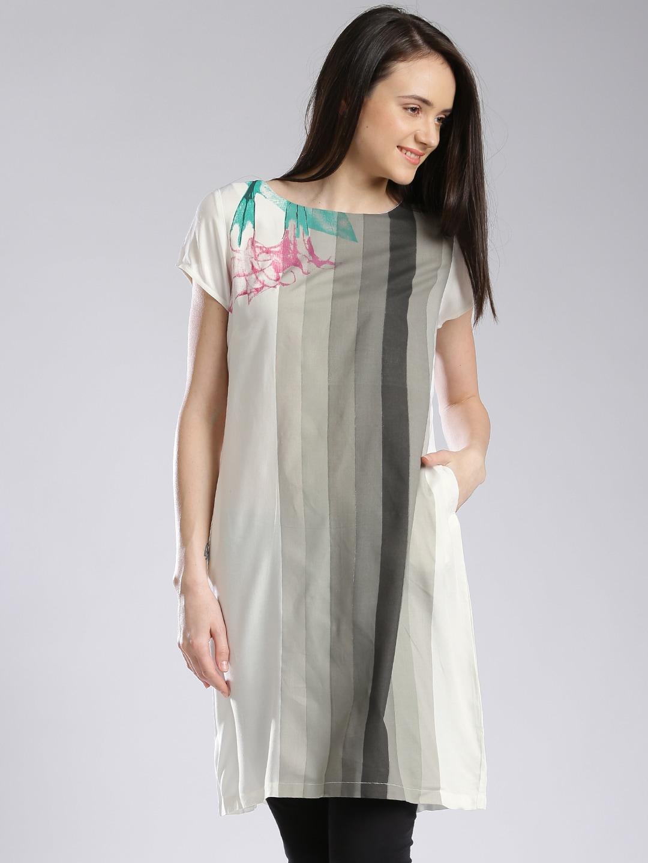 W Off-White & Grey Printed A-Line Kurta