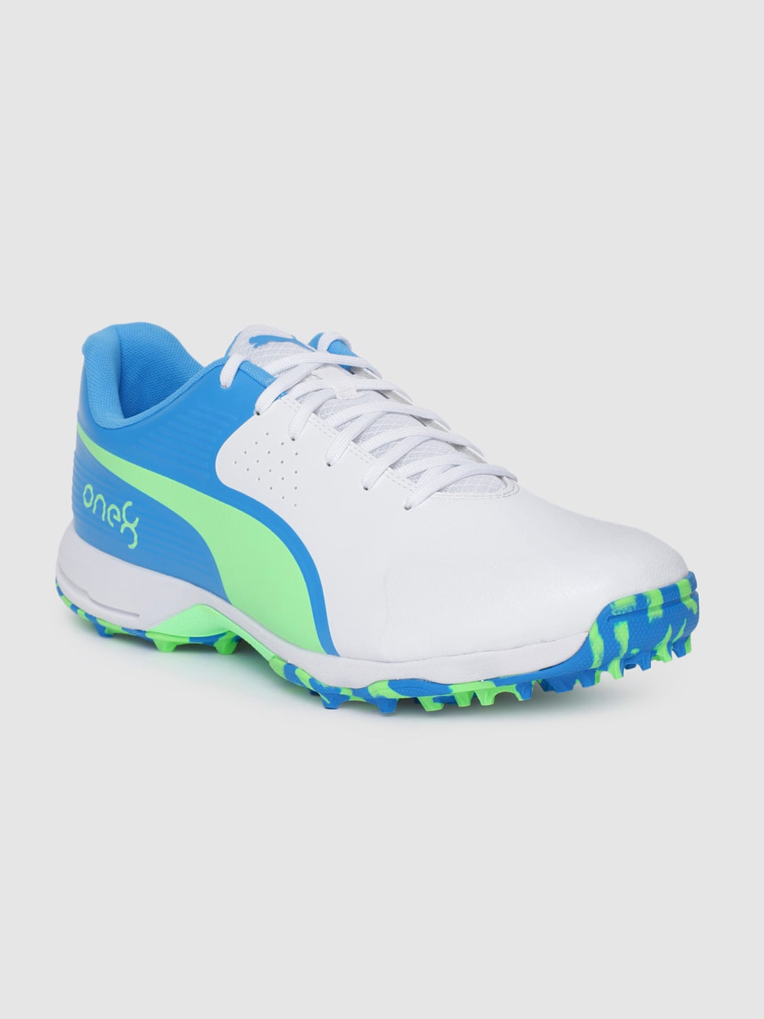 Puma Men White Synthetic 19 FH Cricket Shoes