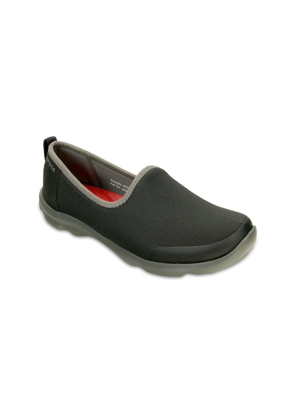 dcd36a576 Crocs For Women Casual Shoes - Buy Crocs For Women Casual Shoes online in  India