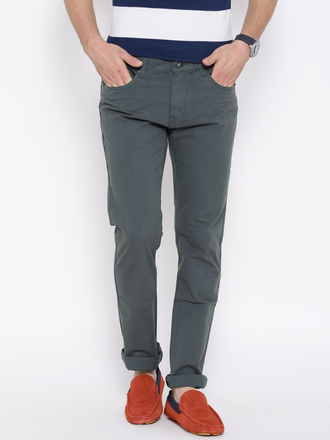 Pepe Jeans Men Grey Solid Regular Fit Chinos
