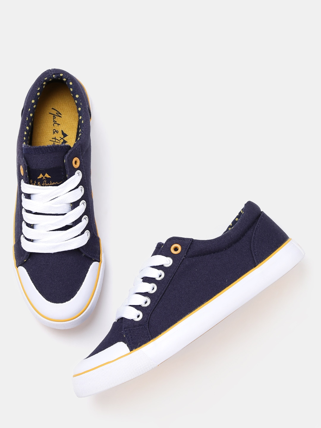 finest selection a73f9 809bc Casual Shoes For Women - Buy Womens Casual Shoes Online from