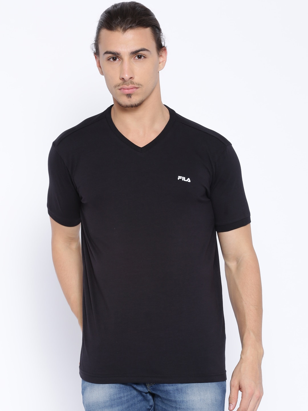 dfe71b6fb6b Fila T-shirt - Buy Fila T-shirts for Men   Women Online in India