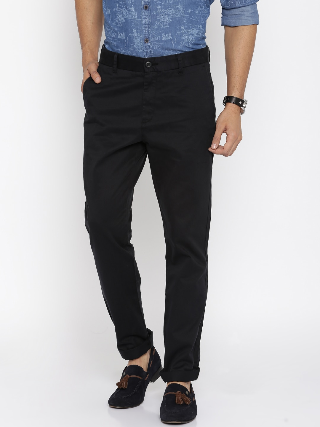 U.S. Polo Assn. Men Black Solid Slim Fit Chinos