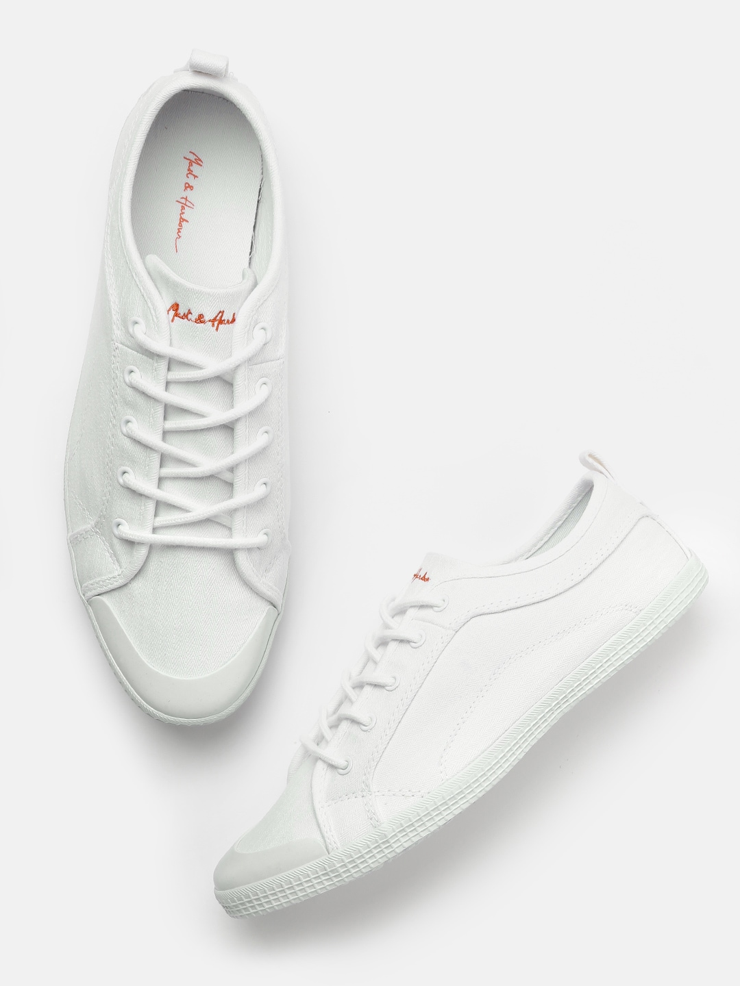 33fec168c2fc Buy Casual Shoes Mast Harbour And xIUaqIREwY