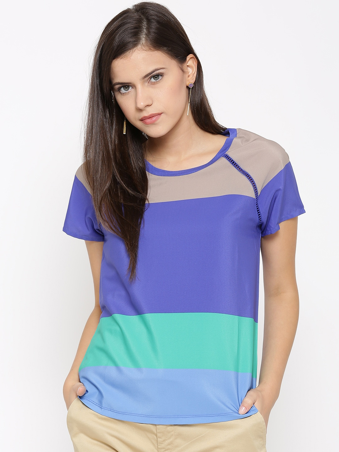 b2269d0fc0 Sisley United Colors Of Benetton Sunglasses Tops - Buy Sisley United Colors  Of Benetton Sunglasses Tops online in India