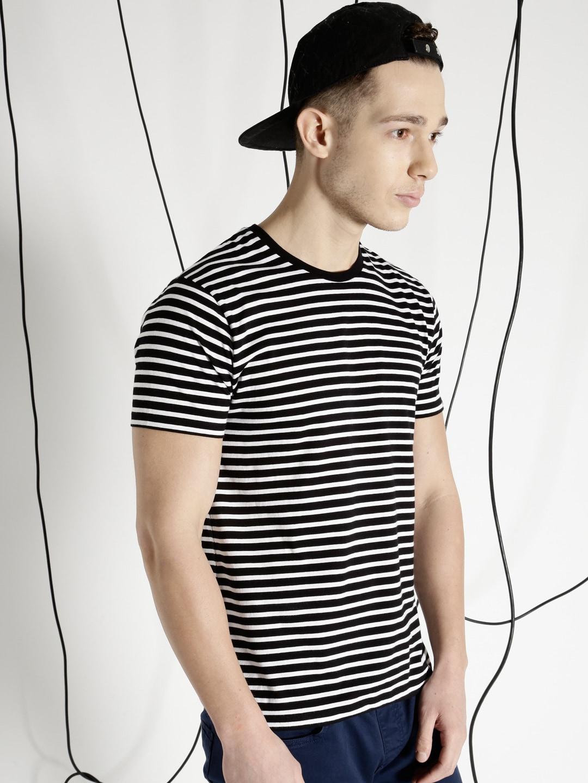 Black t shirt man - Black T Shirt Man 42