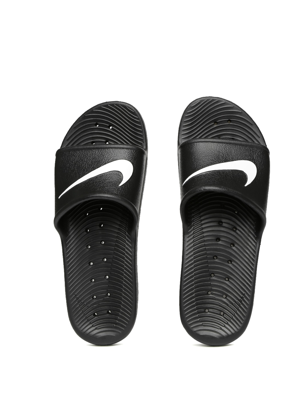 83366a420f29 Nike Men Black Flip Flops - Buy Nike Men Black Flip Flops online in India