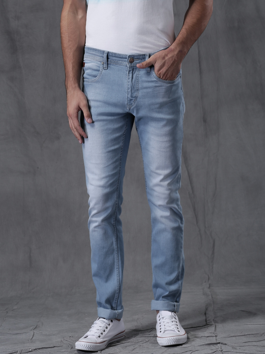 WROGN Men Blue Slim Fit Mid-Rise Jeans