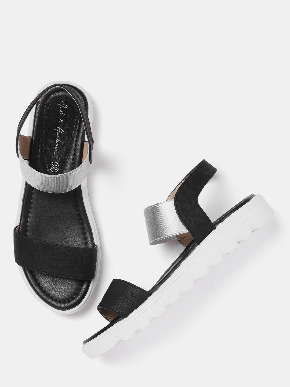 b798dbf374fbc Women Footwear - Buy Footwear for Women   Girls Online