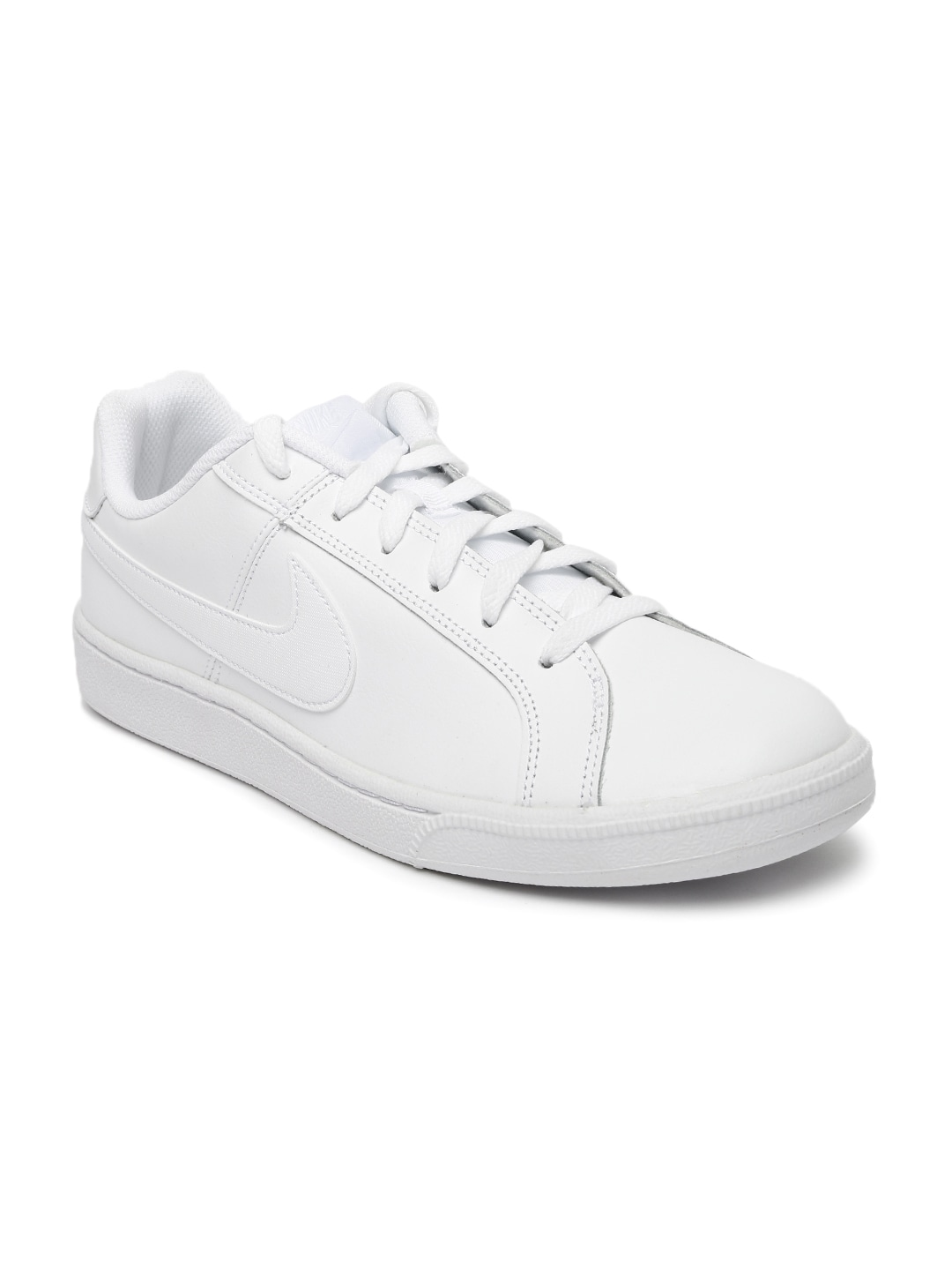 timeless design 2e7d3 fa327 Nike Shoes - Buy Nike Shoes for Men, Women   Kids Online   Myntra