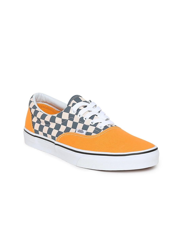 2dd24b7ee2 Vans Footwear - Buy Vans Footwear Online in India