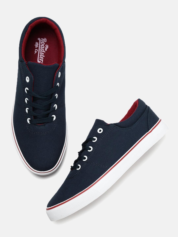 41ec300a1939 Sneakers Online - Buy Sneakers for Men   Women - Myntra