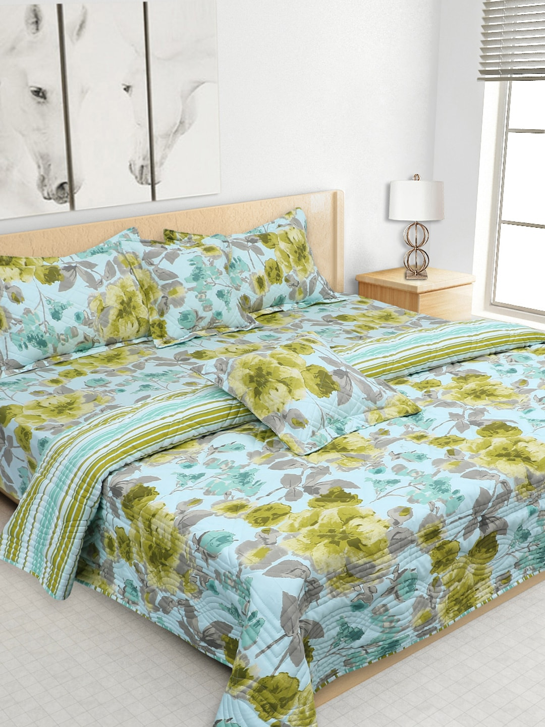 S9home by Seasons Blue Printed Co-Ordinated Bedding Set with Quilt (Comforter)