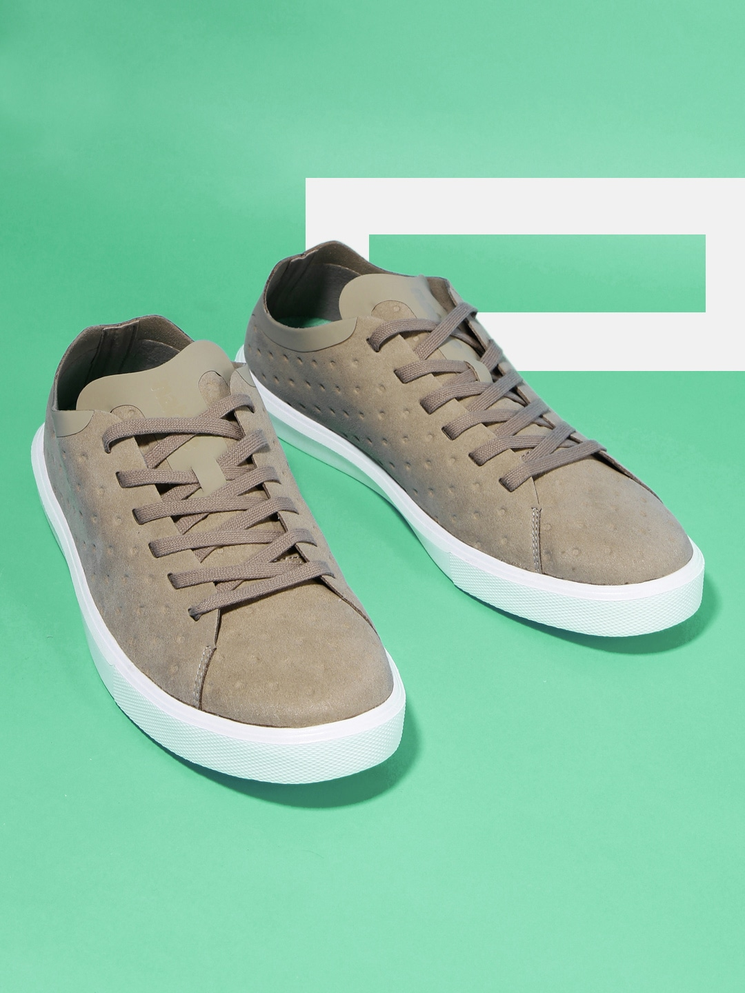 d413083957e7 Native Shoes Casual - Buy Native Shoes Casual online in India