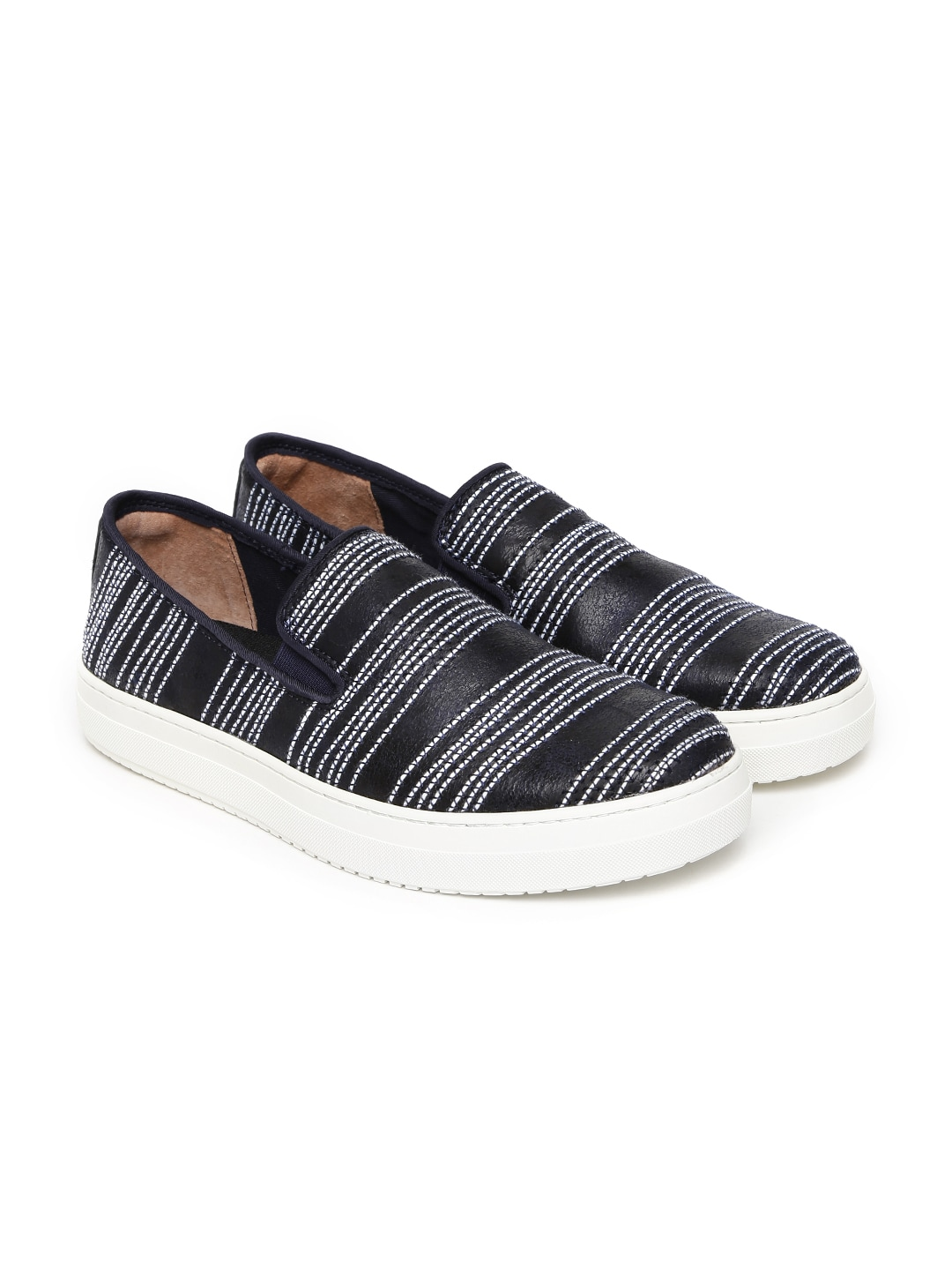c185ae0c7f Casual Shoes For Men - Buy Casual   Flat Shoes For Men
