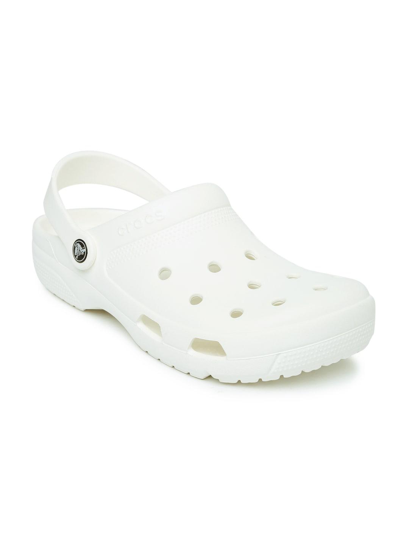 aee38106e Crocs Shoes Online - Buy Crocs Flip Flops   Sandals Online in India - Myntra