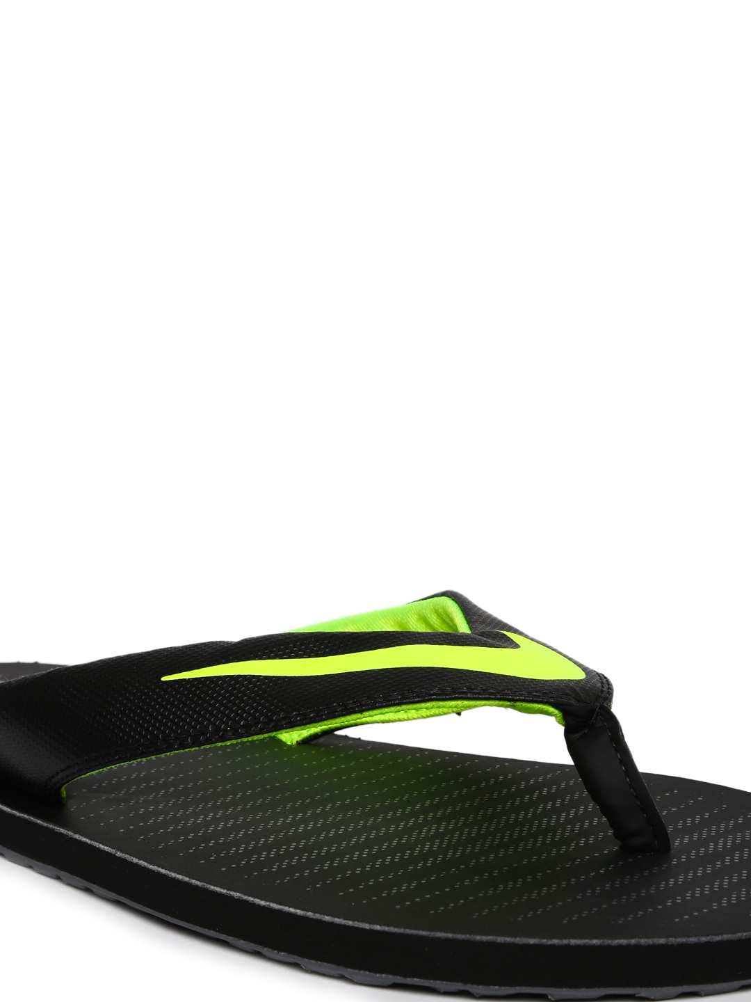 b8d0c386a030 Nike Sandals Flip Flops - Buy Nike Sandals Flip Flops online in India