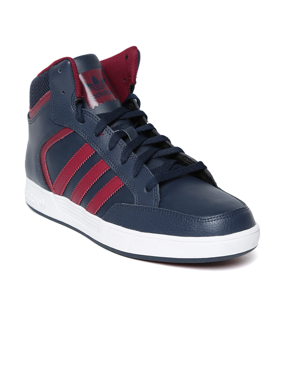huge selection of c93b2 116fb adidas - Exclusive adidas Online Store in India at Myntra
