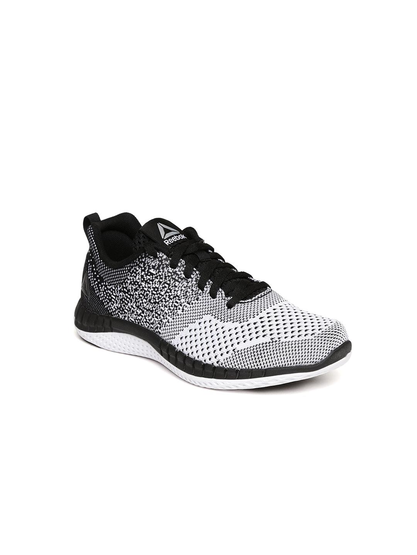4f6944179fa2d3 Reebok Black Shoes For Boys - Buy Reebok Black Shoes For Boys online in  India