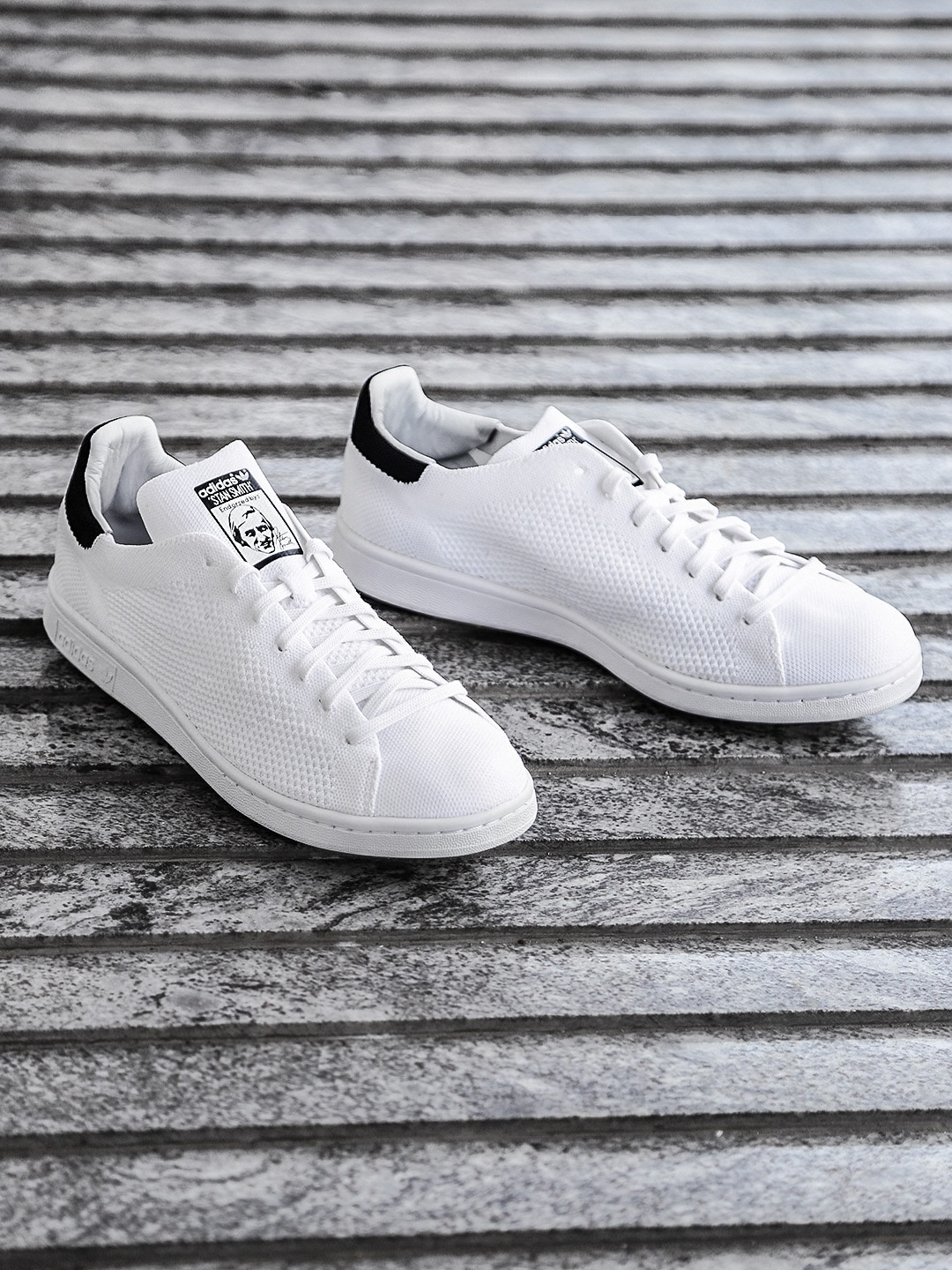 Adidas Stan Smith Sneakers - Buy Stan Smith Shoes and Sneakers Online in  India - Myntra 21ebb0c51