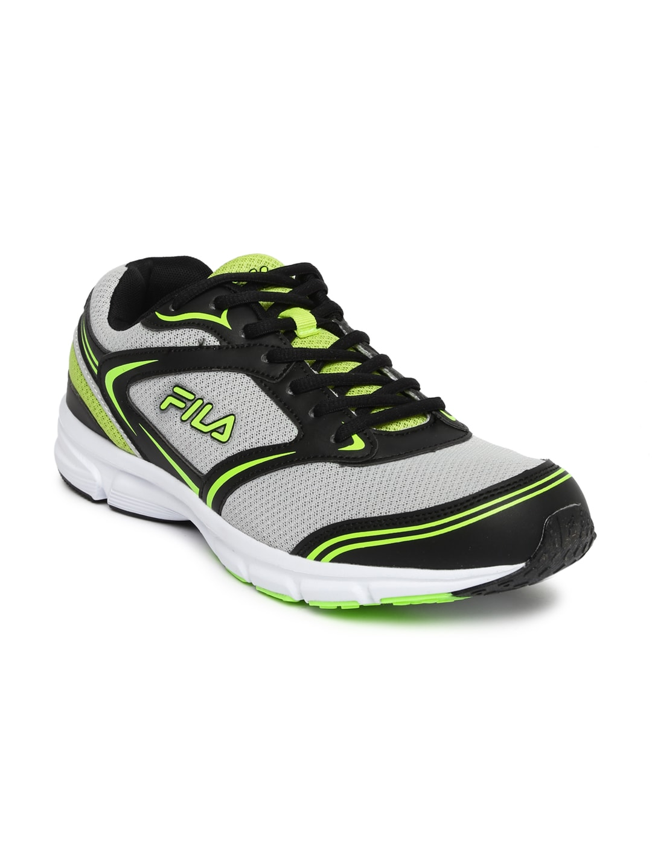 8d4c978e808c Sport Shoes Fila - Buy Sport Shoes Fila online in India