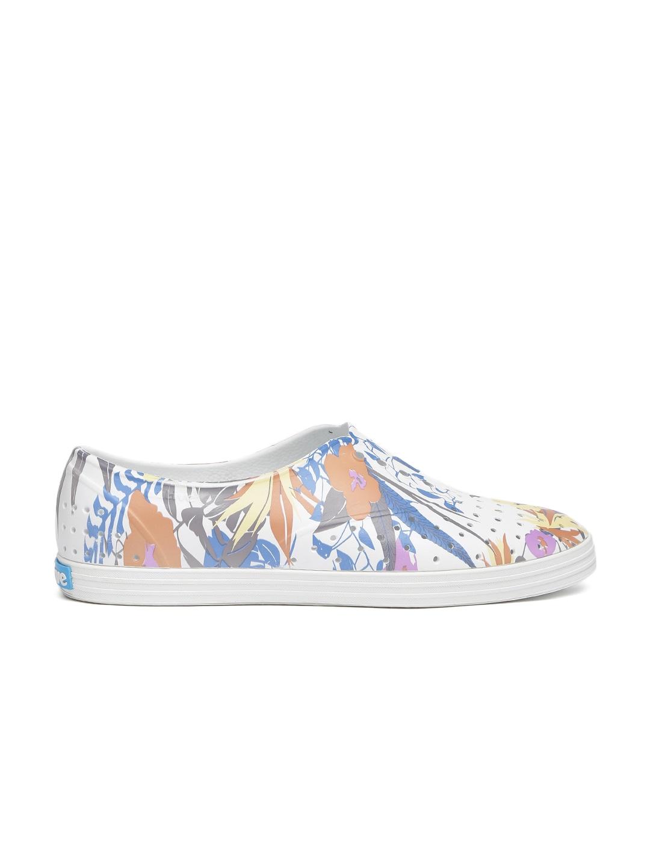 05a6374eac4c Women Kurtas Sets Casual Shoes - Buy Women Kurtas Sets Casual Shoes online  in India