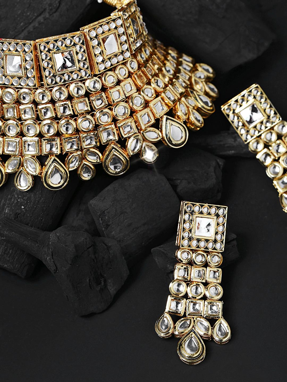 ea53b756e29cc Melani Borsa White 18k Gold-Plated Handcrafted Kundan Stone-Studded  Jewellery Set