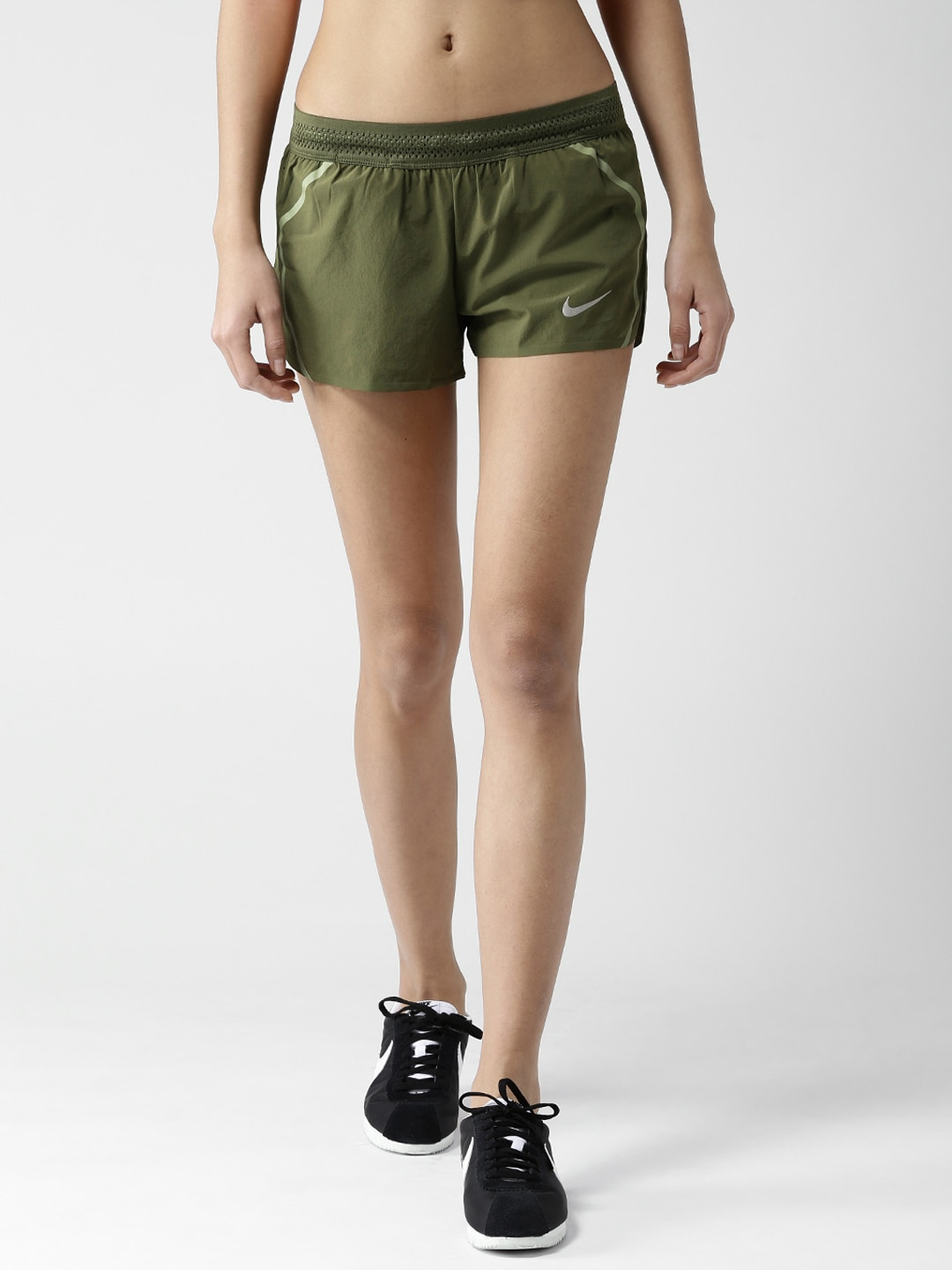 b8a23a80386ec Women Nike Shorts - Buy Women Nike Shorts online in India