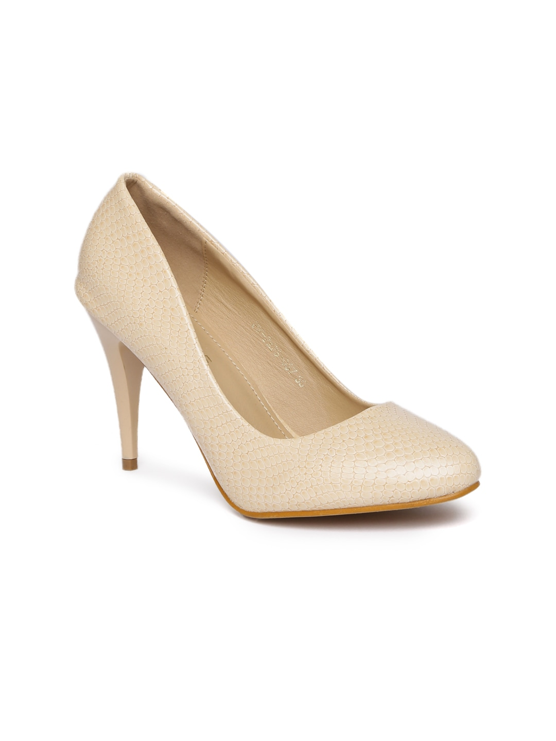 f4a9faae8ac5 Addons Women Cream-Coloured Solid Pumps