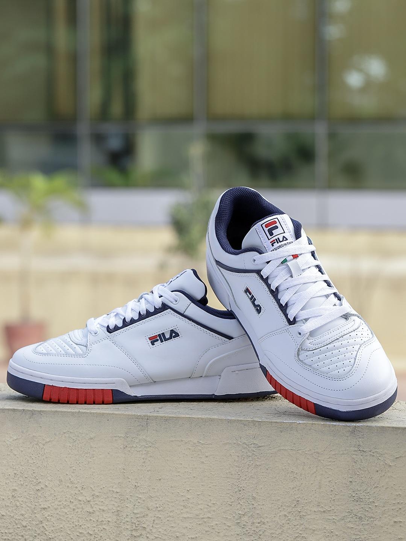d3ea2fed39b Buy Nike, Adidas, Puma & Fila Shoes Online in India - Myntra