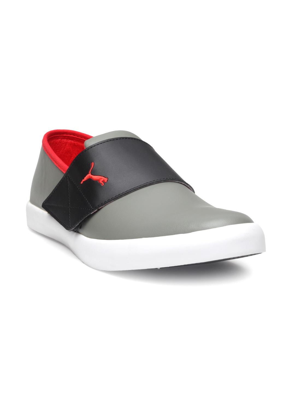 b8807c9ee36 Puma Velcro Men Shoes Sports - Buy Puma Velcro Men Shoes Sports online in  India