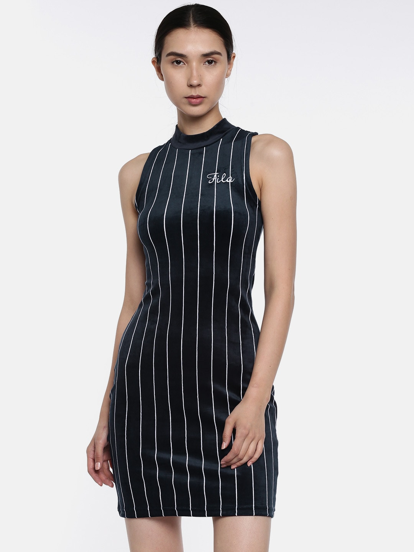 2560a0cd421c9 Fila Apparel For Women Jackets - Buy Fila Apparel For Women Jackets online  in India