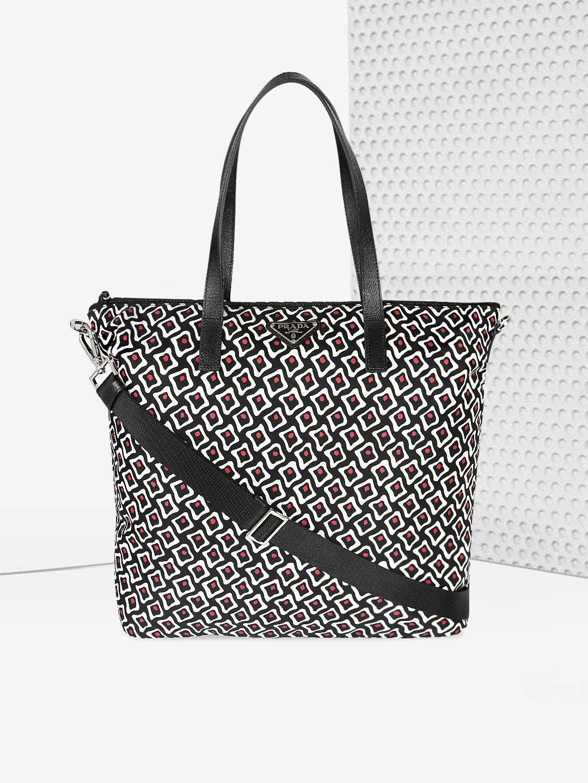f9e4ea35c884 Fabric Handbags - Buy Fabric Handbags Online in India