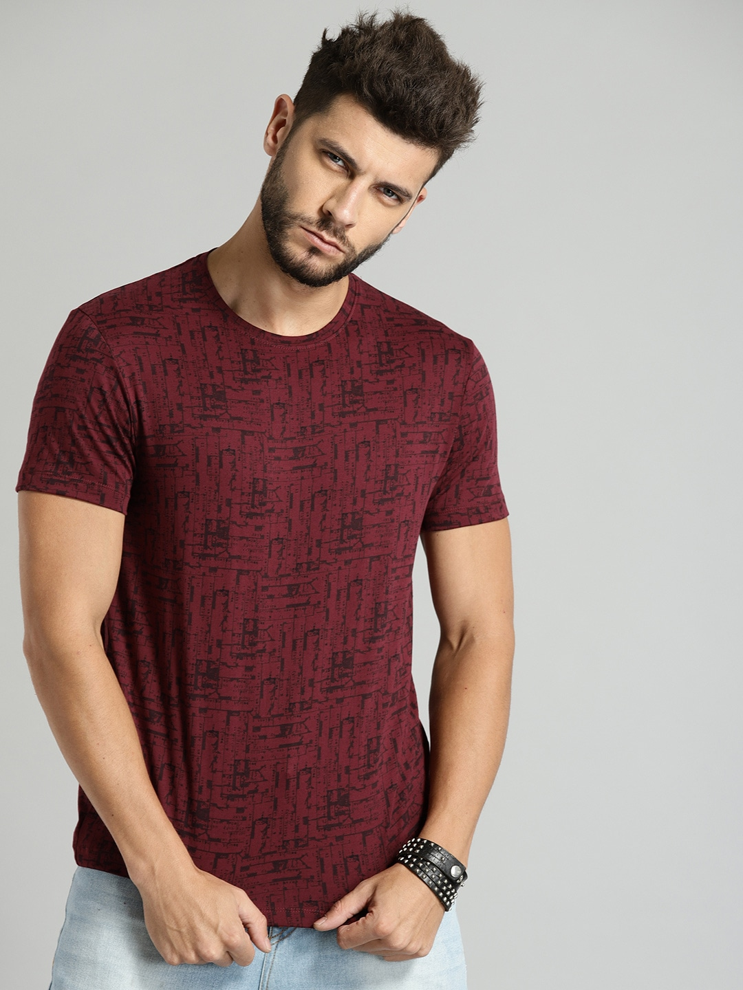 Roadster Men Maroon All-Over-Printed Round Neck T-shirt