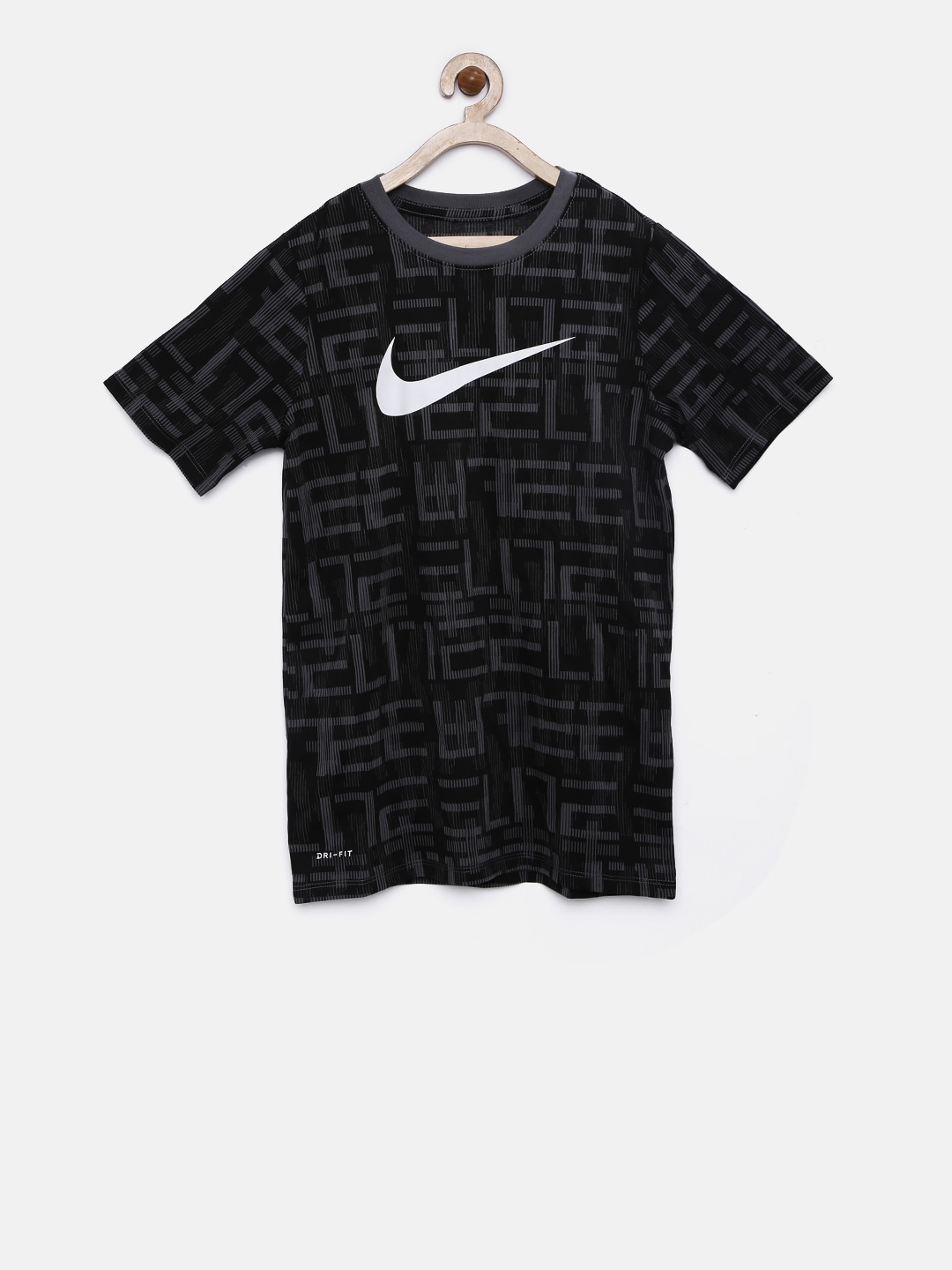 00a7875193d6 Nike Sports Shoes Shirts Polo Tshirts - Buy Nike Sports Shoes Shirts Polo Tshirts  online in India