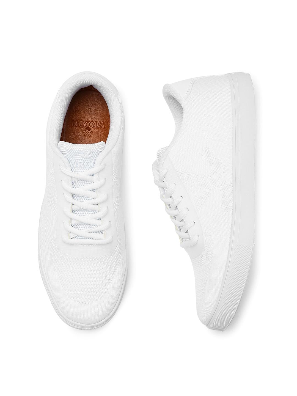 f20ba310ca8 White Sneakers Men - Buy White Sneakers Men online in India