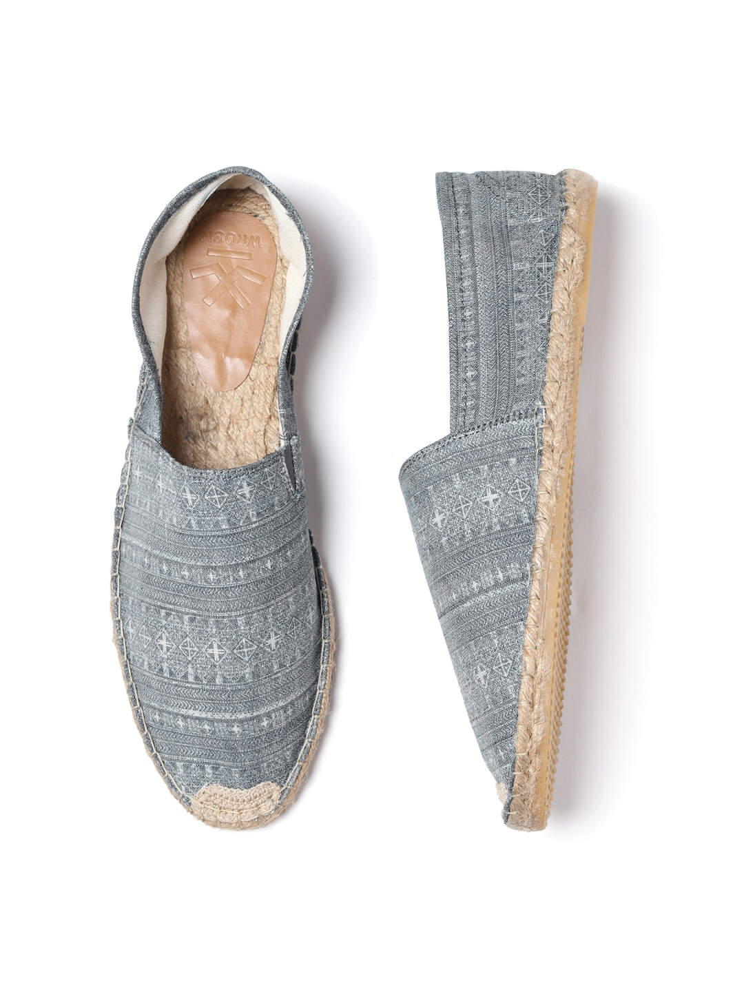 f3f5b4eacc4   3 Casual Shoes - Buy   3 Casual Shoes online in India