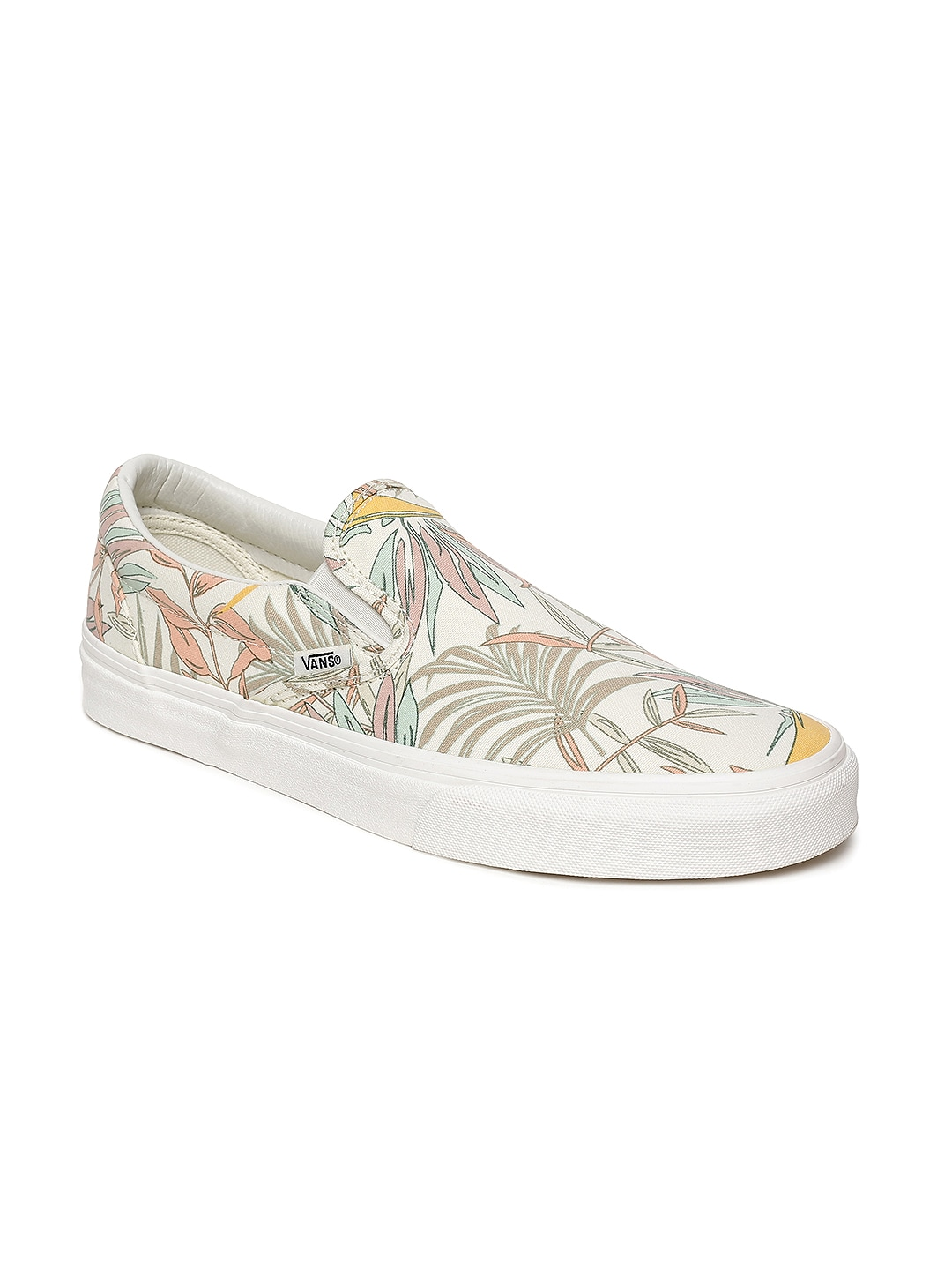 Vans White Shoes - Buy Vans White Shoes online in India b8936e273