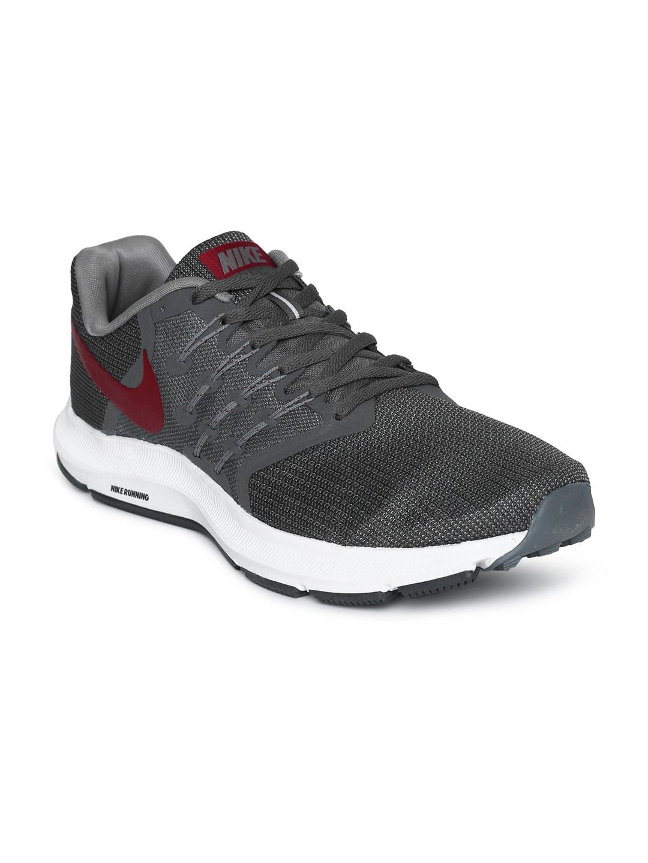 e9e519e399602 Nike - Shop for Nike Apparels Online in India