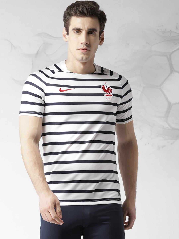 c0e5f4e3fa50 Nike Toned Tshirts - Buy Nike Toned Tshirts online in India