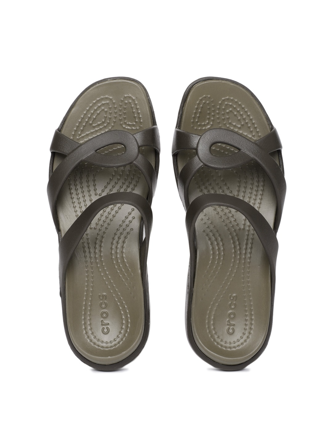 fa440e44a634 Crocs Shoes Online - Buy Crocs Flip Flops   Sandals Online in India - Myntra