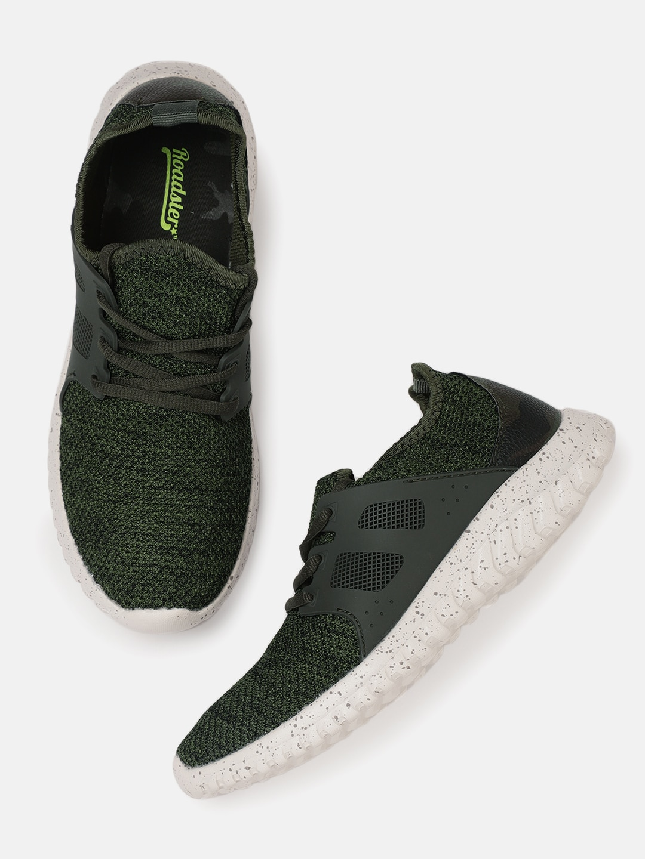 943362ad03d Casual Men Flip Flops Shoes - Buy Casual Men Flip Flops Shoes online in  India